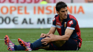"Foto LaPresse - Iannone 15/04/2015 Genova (Italia) Sport Calcio Genoa - Parma Campionato di Calcio Serie A TIM 2014 2015 - Stadio ""Luigi Ferraris"" Nella foto: PEROTTIPhoto LaPresse - Iannone 15 April 2015 Genova (Italy)Sport Soccer Genoa - Parma Italian Football Championship League A TIM 2014 2015 - ""Luigi Ferraris"" Stadium In the pic: PEROTTI"