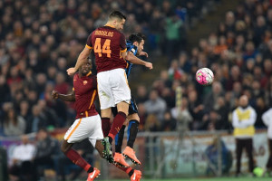 ROME, ITALY - MARCH 19: Manolas #44 of AS Roma in action against Martins Eder of FC Internanionale Milano during the Serie A football match between AS Roma and FC Internazionale Milano at Stadio Olimpico on March 19, 2016 in Rome, Italy.  (Photo by Cladio Pasquazi /Anadolu Agency/Getty Images)