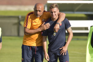 CAMBRIDGE, MA - JULY 26:  AS Roma coach Luciano Spalletti with Federico Ricci during an AS Roma training at Ohiri Field on July 26, 2016 in Cambridge, Massachusetts.  (Photo by Luciano Rossi/AS Roma via Getty Images)