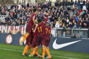 ROME, ITALY - NOVEMBER 23: AS Roma players celebrate after goal scored by Keba Coly during the UEFA Youth League match between AS Roma and Cork City at Stadio Tre Fontane on November 23, 2016 in Rome, Italy. (Photo by Luciano Rossi/AS Roma via Getty Images)